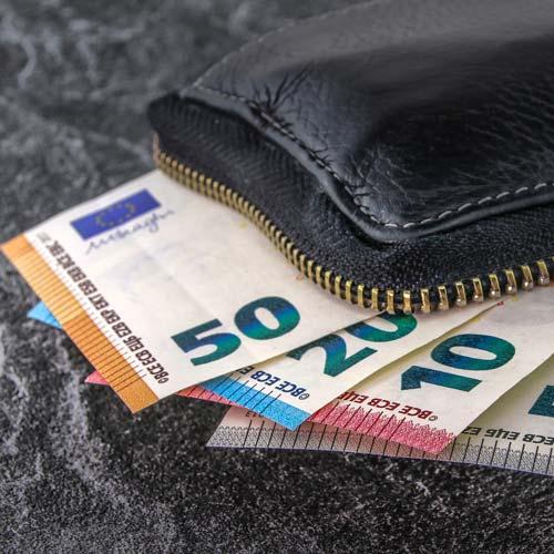 Ein offener Investmentfonds ist flexibel und nicht begrenzt. Ein Anleger kann jederzeit Anteile kaufen oder verkaufen.
