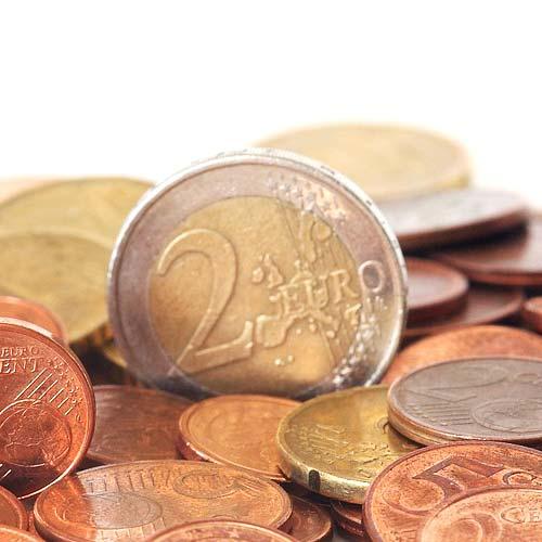 Mit einem Sparplan für Fonds kann in regelmäßigen Abständen in einen Investmentfonds eingezahlt werden.